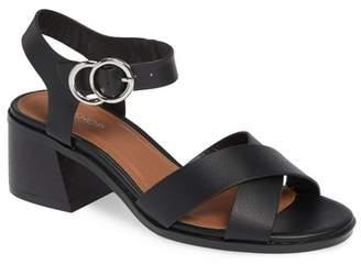 Topshop Deedee Block Heel Sandal (Women)