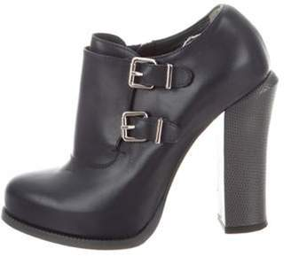 Fendi Round-Toe Ankle Boots Navy Round-Toe Ankle Boots