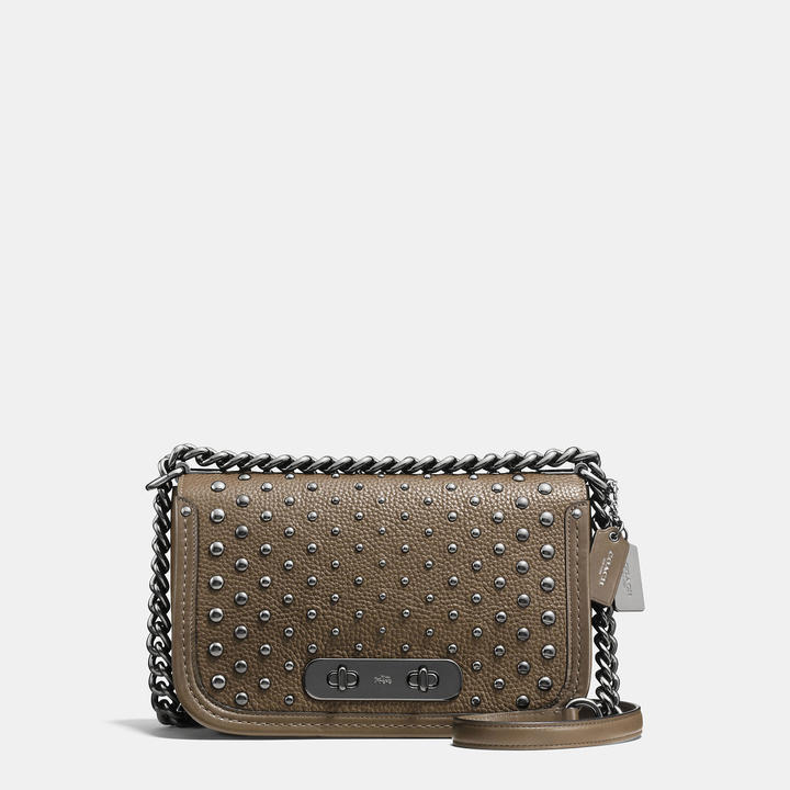 Coach   COACH Coach Swagger Shoulder Bag In Pebble Leather With Ombre Rivets