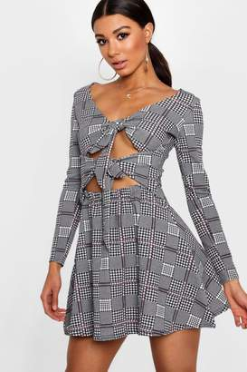 boohoo Morgan Double Knot Check Skater Dress