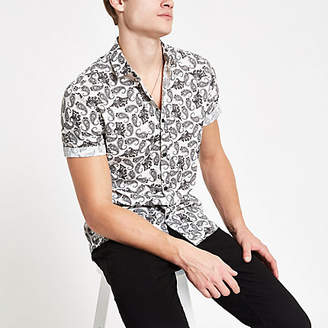 River Island Mens Grey paisley print short sleeve shirt