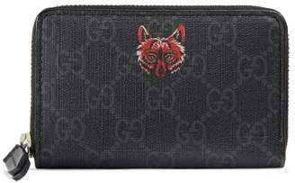 Gucci GG Supreme card case with wolf