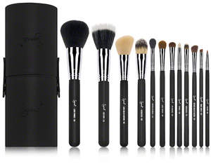 Sigma Beauty Essential Kit - Make Me Classy - Black