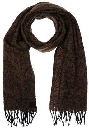 Anerkjendt Oblong scarf