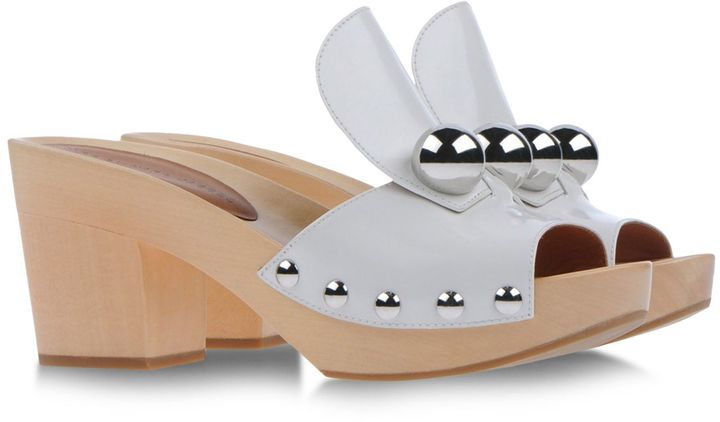 Marc by Marc Jacobs Mules & Clogs