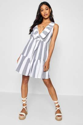 boohoo Wide Stripe Knot Front Tea Dress