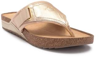 Easy Spirit Peony Thong Sandal - Wide Width Available