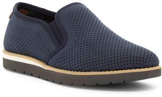 Hawke & Co Jaylen Perforated Slip-On Sneaker