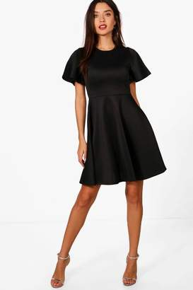 boohoo Short Sleeve Skater Dress