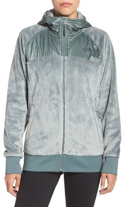 Women's The North Face 'Oso' Hooded Fleece Jacket $140 thestylecure.com