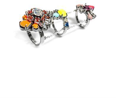 Shourouk Mila triple chain link ring