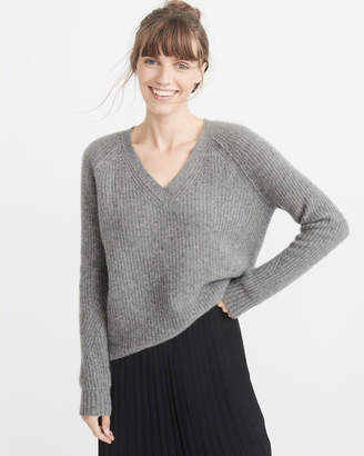Abercrombie & Fitch Cashmere V-Neck Sweater