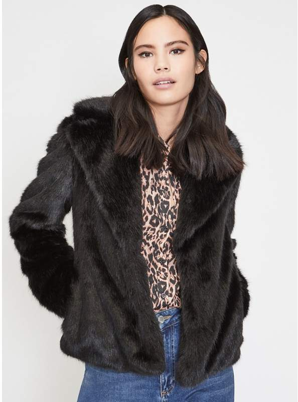 Black Short Plush Faux Fur Coat