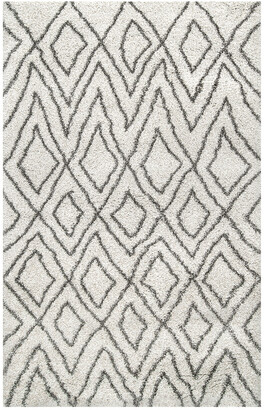 nuLoom Willette Diamond Shaggy Machine-Made Synthetic Transitional Rug