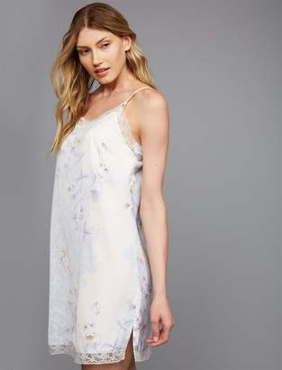 A Pea in the Pod Lace Trim Nursing Nightgown