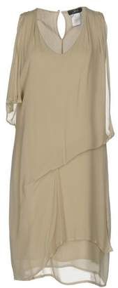 Jei O' Knee-length dress