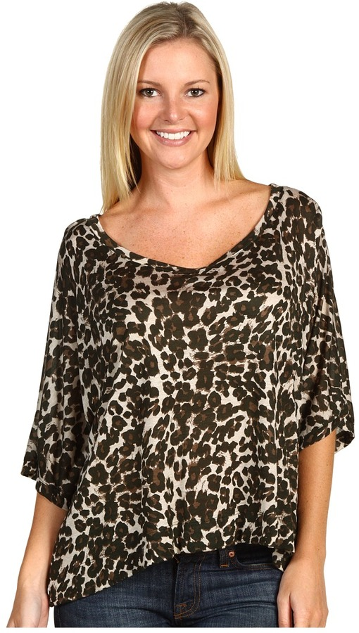 Michael Stars - Leopard Elbow Sleeve Scoop Crop (Combat) - Apparel