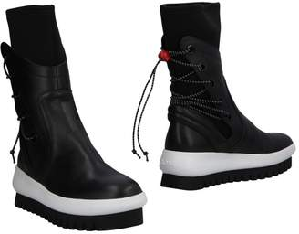 Clone Ankle boots