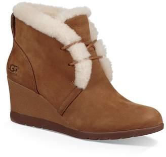 UGG Jeovana Waterproof Genuine Shearling Lined Boot