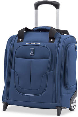 Travelpro Walkabout 4 Under-The-Seat Bag with Usb Port