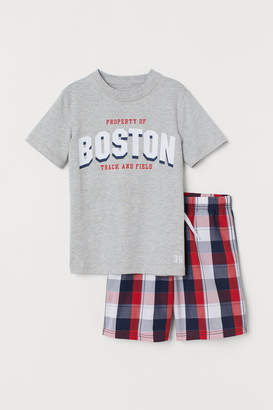 H&M Pyjama T-shirt and shorts