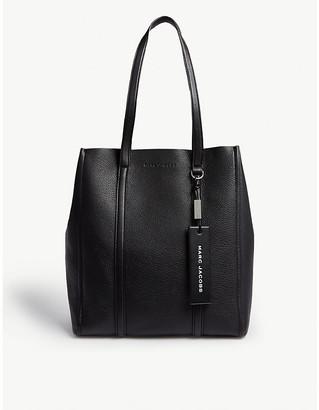 Marc Jacobs Ladies Black Tag Leather Tote Bag