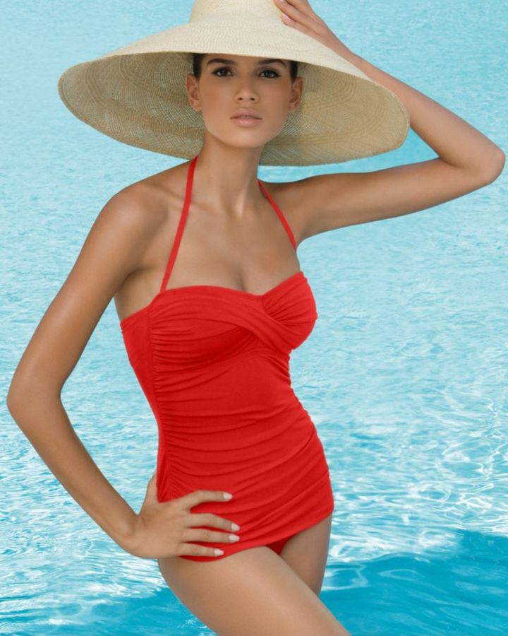 Jantzen Ruched Vamp One-Piece Swimsuit