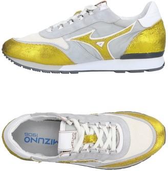 Mizuno Sneakers