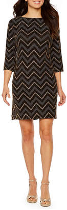 Studio 1 3/4 Sleeve Chevron Print Shift Dress