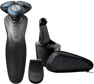 Smart Series 7000 electric shaver with SmartClick Trimmer and Smart Clean