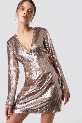 Iva Nikolina X Na Kd Sequin V-Neck Dress Champagne