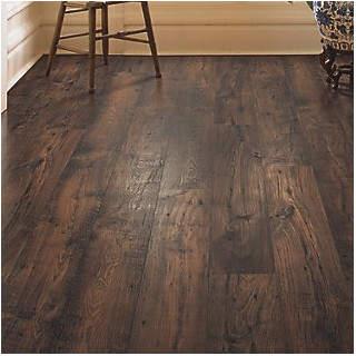 Mohawk Rugged Vision 7.5 x 54.34 x 11.93mm Chestnut Laminate Flooring in Dark Brown