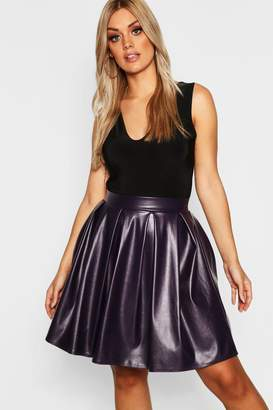 boohoo Plus Leather Look Box Pleat Skater Skirt