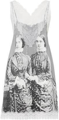 Burberry Lace Detail Victorian Portrait Print Silk Slip Dress