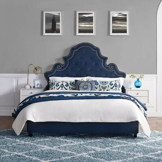 House of Hampton Phaneuf Tufted Nailhead Performance Queen Upholstered Platform Bed House of Hampton