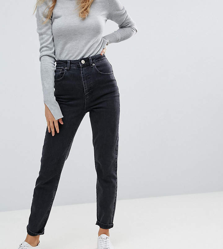 DESIGN – Farleigh – Mom-Jeans mit hoher Taille in reinem verwaschenem Schwarz