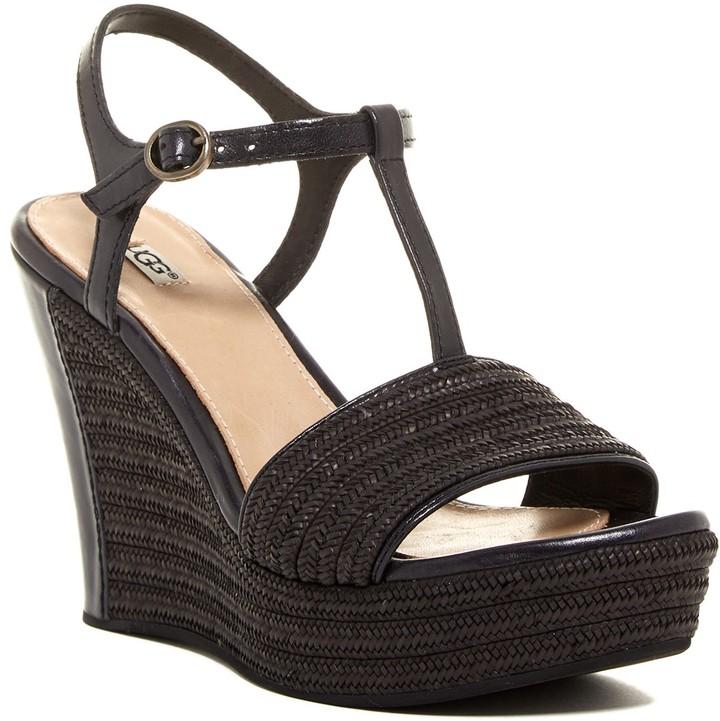 UGGUGG Australia Fitchie T-Strap Platform Wedge Sandal
