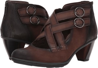 Earth - Amber Women's Shoes $129.95 thestylecure.com