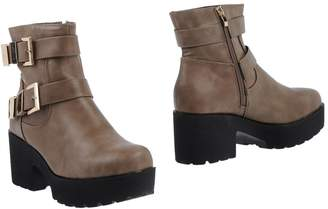 SEXY WOMAN Ankle boots - Item 11470301CB