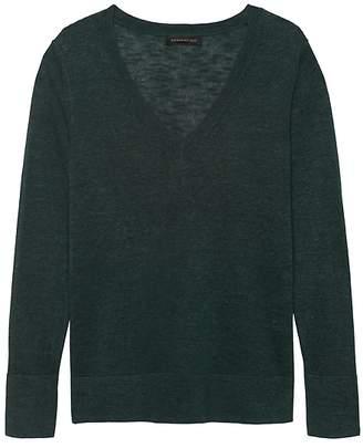 Banana Republic Linen-Blend V-Neck Sweater