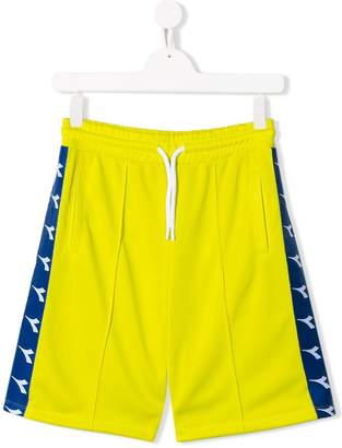 Diadora Junior side logo shorts