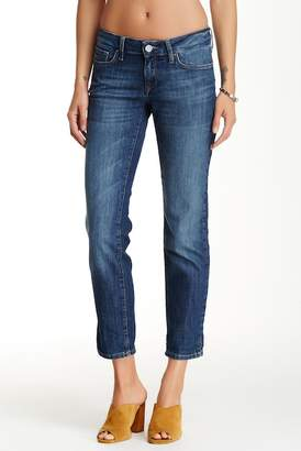 """Mavi Relaxed Ankle Jean - 28\"""" Inseam $88 thestylecure.com"""