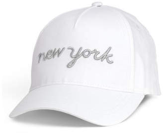 H&M Cap with an applique - White