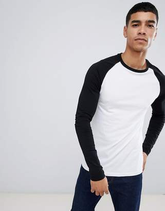 eea6f4250 Asos Design DESIGN muscle fit long sleeve crew neck t-shirt with stretch  with contrast