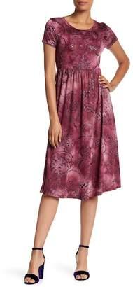 WEST KEI Pattern Midi Tee Dress
