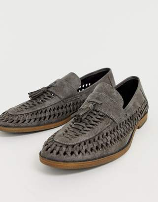daa38ddb8c9bb New Look faux leather woven tassel loafer in grey