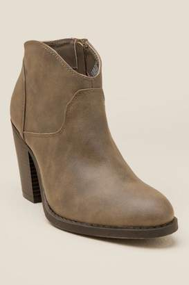 XOXO Cammie Distressed Ankle Boot - Brown