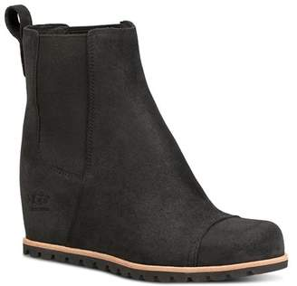 UGG Women's Pax Round Toe Leather Wedge Booties
