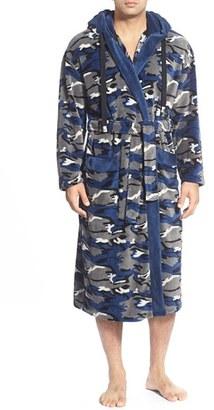 Men's Majestic International Camo Fleece Robe $75 thestylecure.com