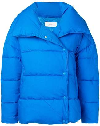 Closed snap fastening padded jacket